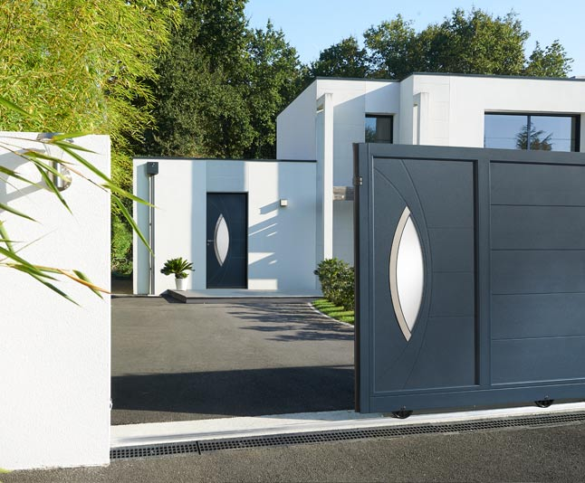 Porte d 39 entr e aluminium contemporaine tanguy for Porte entree alu contemporaine
